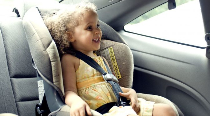 child-in-car-seat-publicdomain-672x372